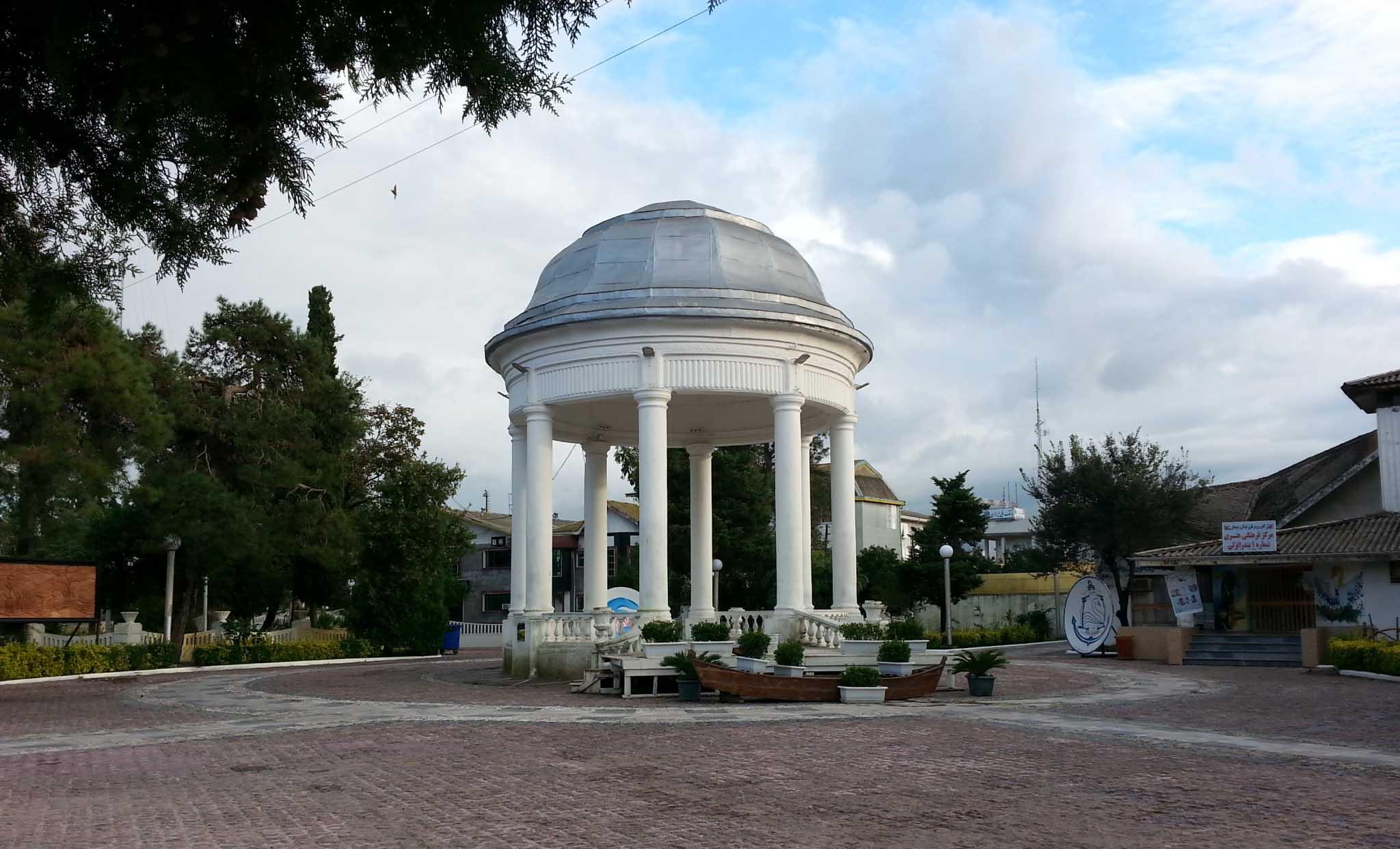 ساختمان موزیک بندر انزلی