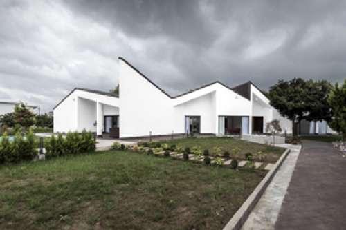 Shekasteh Villa (fragmented)