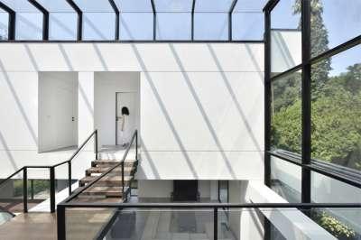 Ferdows Villa, KRDS